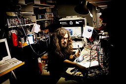 Photo of me in the lab, from article in Adresseavisen