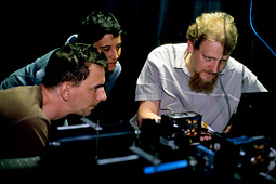 Ilja Gerhardt, Antía Lamas-Linares, Christian Kurtsiefer get quantum cryptosystem working